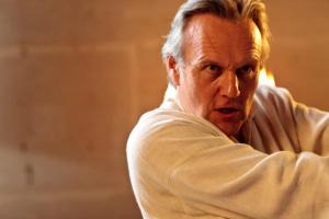 MC - Uther fights back