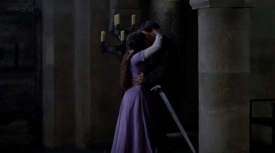 MC - Gwen and Lancelot making out
