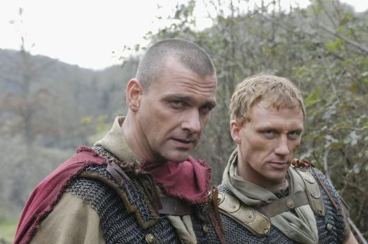 1x01-The-Stolen-Eagle-rome-18977861-2560-1702