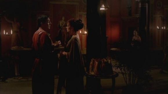 1x11-The-Spoils-rome-20371762-500-281