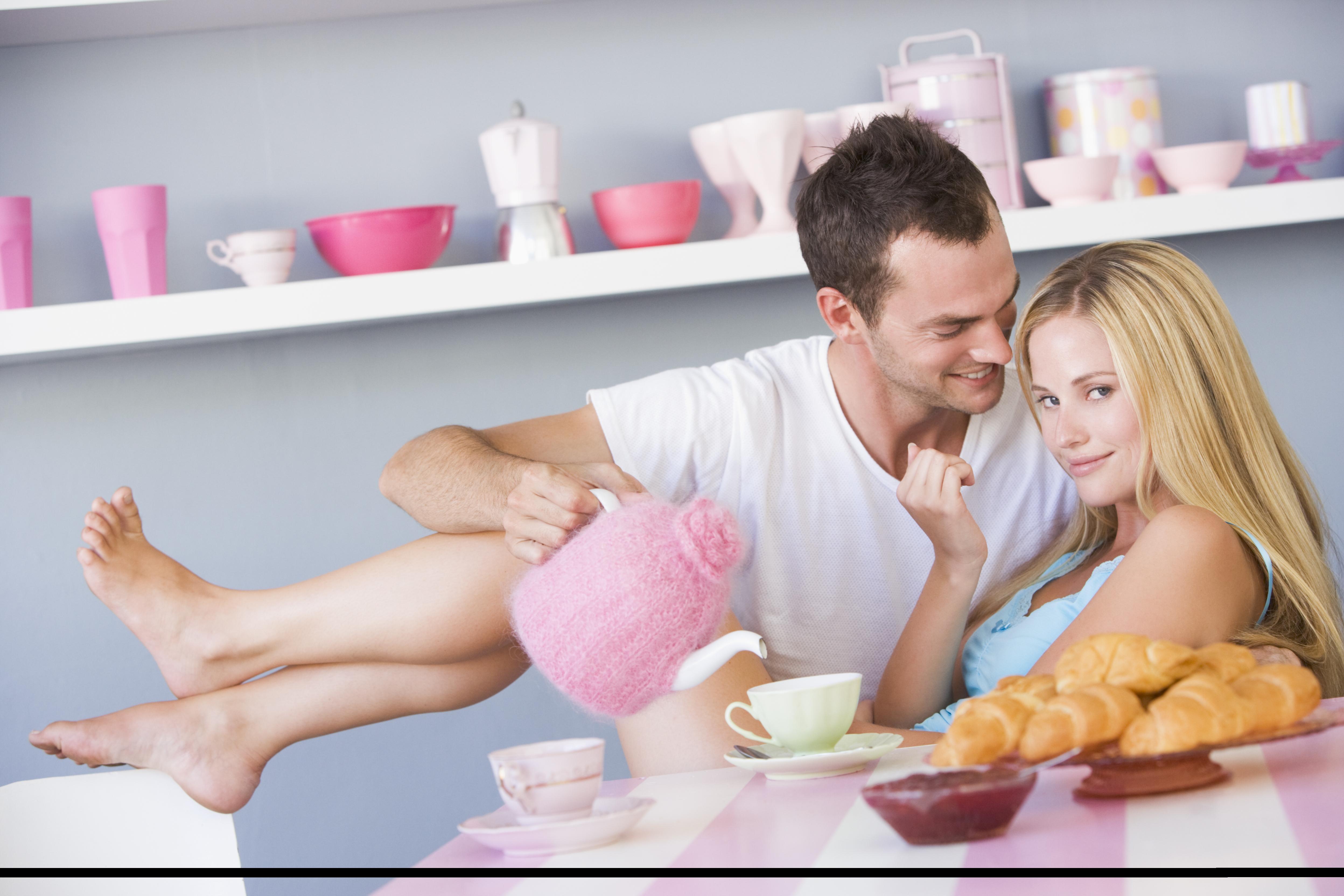 Хочу мужа на столе, Русская жена готова на все чтобы удовлетворить своего 10 фотография