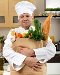 personal-chef-in-kitchen-vert